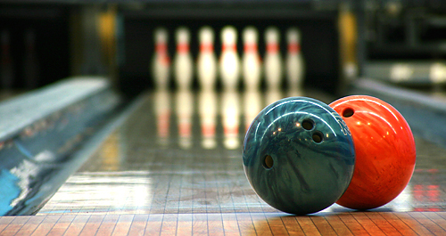 thumbnail for UVM Bowls with FSL(Fraternity and Sorority Life)